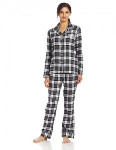 Bottoms Out Women's Plaid Pajama Set